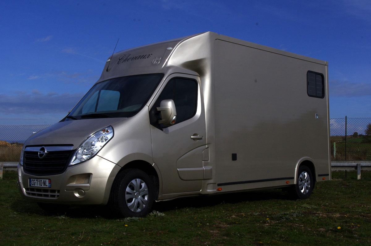 renault master dci 125 cv carrosserie neuve avec cabine approfondie  u00e9quip u00e9e