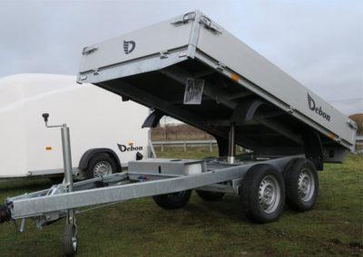 Camion chevaux d'occasion Renault Master chez Laissac Utilitaires-2LUX_CamionChevauxlaissacthumb