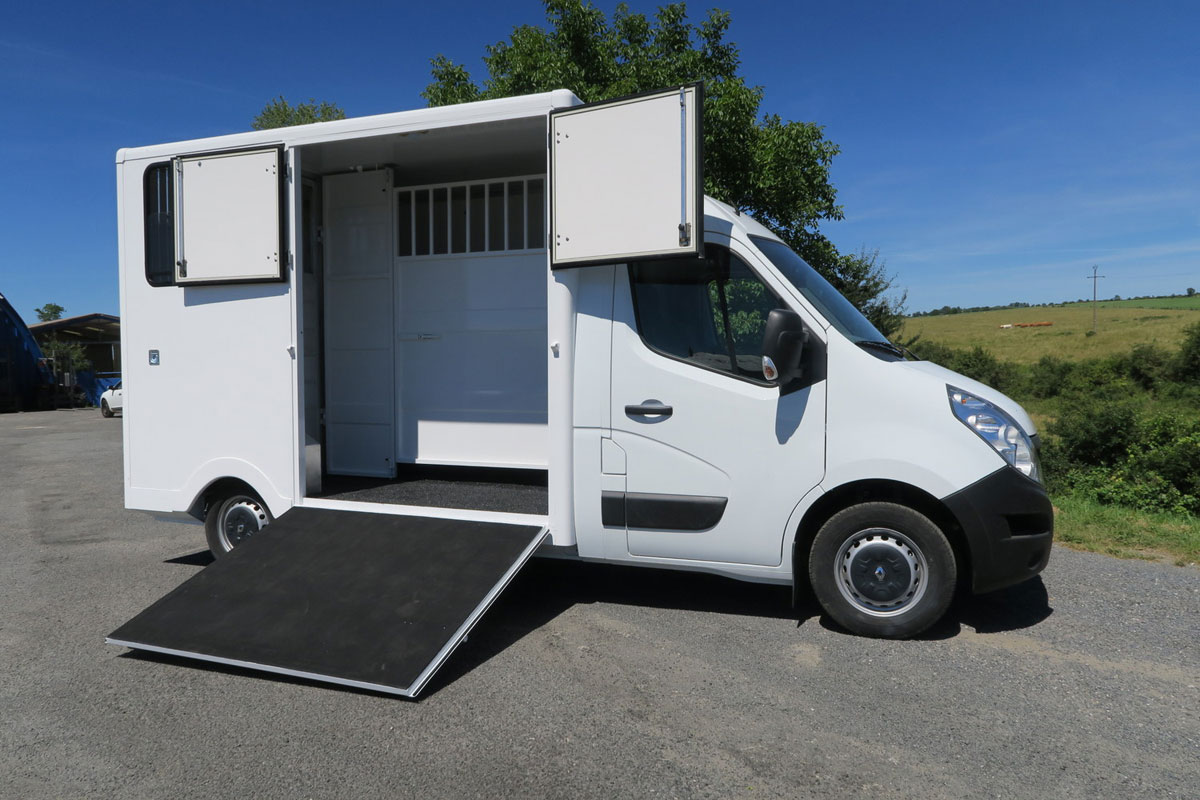 camions chevaux stalle alu (6)