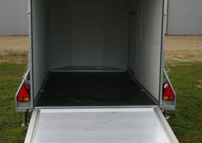 Remorque DEBON BAGAGERE CARGO BLANC - Camion chevaux Laissac