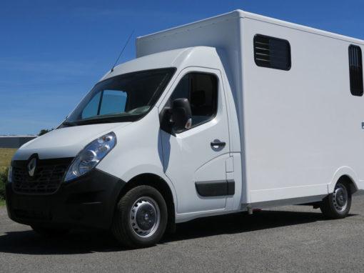 FIAT DUCATO 180 CV aux normes EURO6 modèle stalle int. tout Alu prix : 46 500 € HT