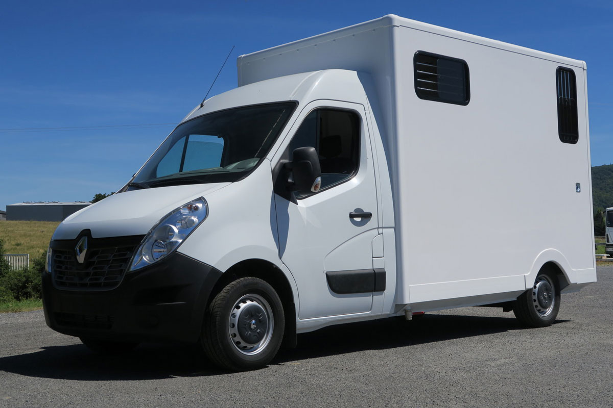 camions chevaux stalle alu (1)