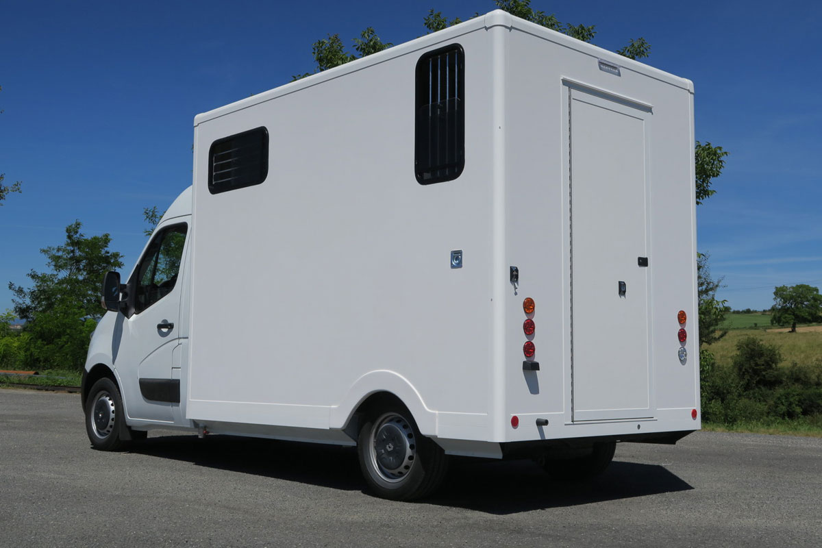 camions chevaux stalle alu (2)