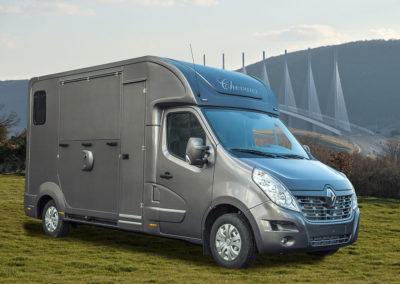 Camion chevaux avec home car – RENAULT MASTER III DCI 170