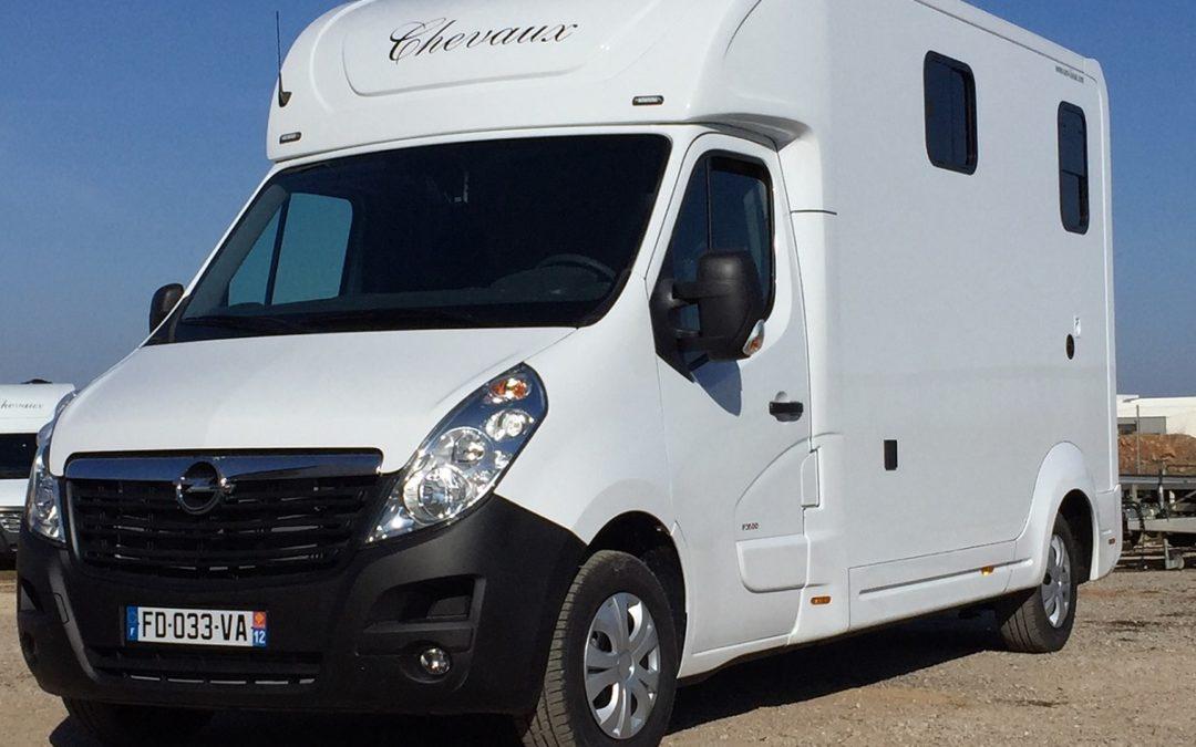 OPEL MOVANO DCI 165 CH carrosserie chevaux avec cabine approfondie équipée