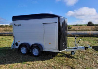 DISPONIBLE – Remorque fourgon DEBON Roadster 500 Noire Alu